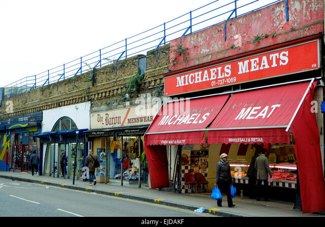 https://i2.wp.com/l7.alamy.com/zooms/b18caa4f1b9d45b6a6232e3506454159/business-premise-under-brixton-railway-arches-threatened-with-eviction-ejdakf.jpg