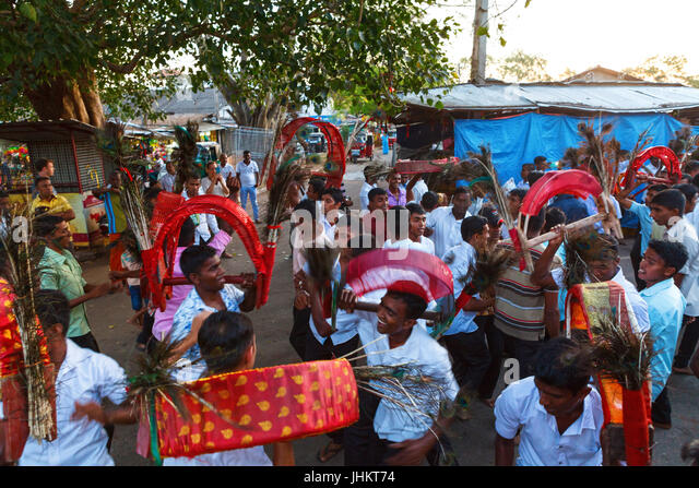 Diwali Puja Thali Girl