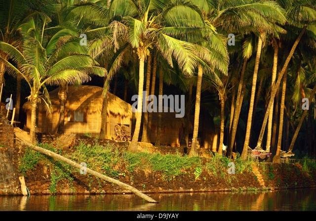 Palm Leaf Hut Stock Photos & Palm Leaf Hut Stock Images