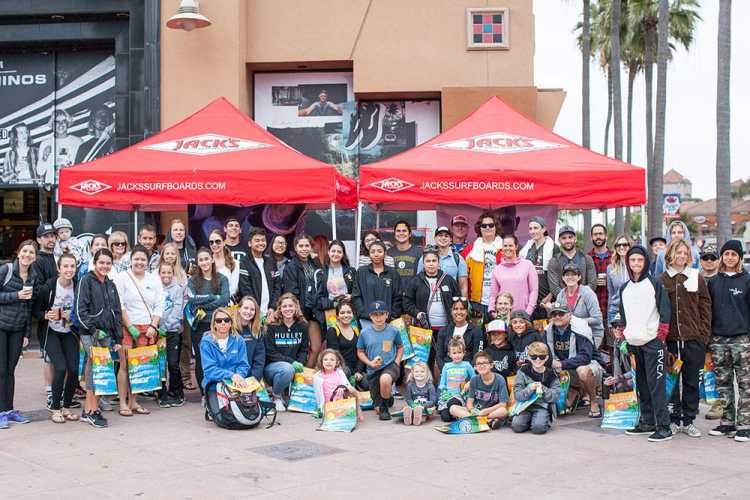 Beach clean-up crew meets up on Main Street in front of Jack's Surfboards. 2018