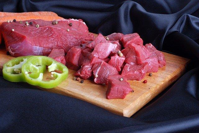 La viande, bas de la pyramide du régime paléo