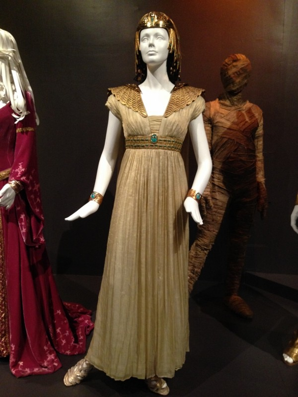 Hollywood Costumes at the FIDM Museum