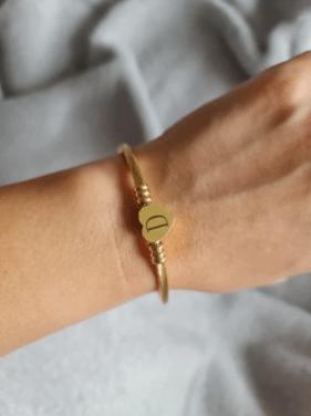 bracelet acier inoxydable coeur lettre couleur or
