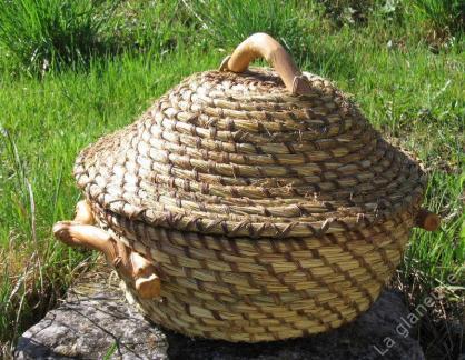 Stage vannerie spiralée cousue, vannerie sauvage, récolte céréales, pailles