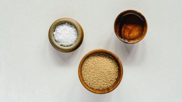 Cuscus comida blanco cenital