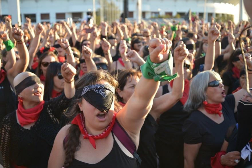 derechos mujeres marchas mujeres feministas