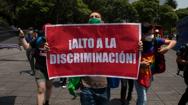 Foto de la marcha por el día internacional contra la homofobia