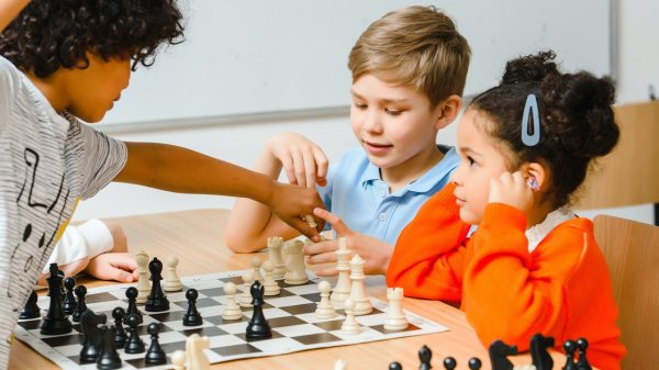 Los beneficios del ajedrez en la infancia