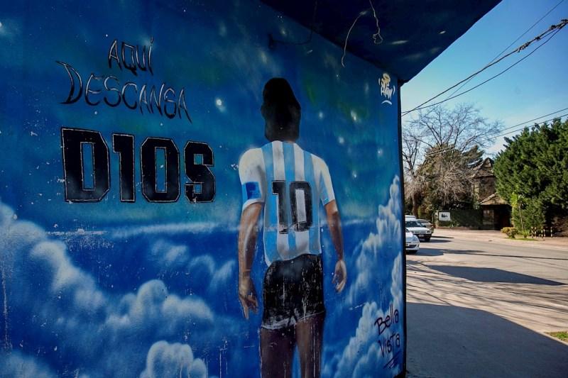 Revolución en un barrio en Argentina en homenaje a Diego Armando Maradona