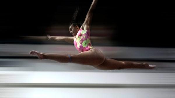 Foto de Luciana Alvarado, la gimnasta que convocó al Black Lives Matter