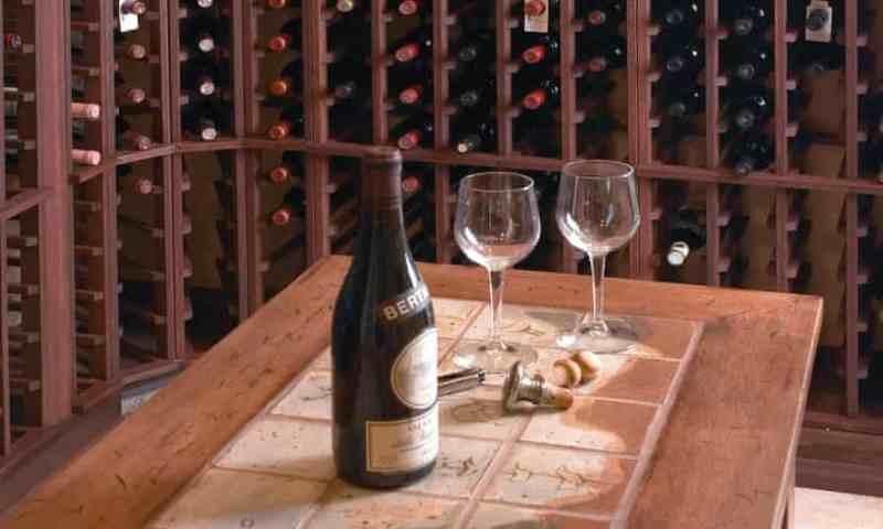 El vino supera al whisky y a las bolsas Hermès como principal inversión de lujo