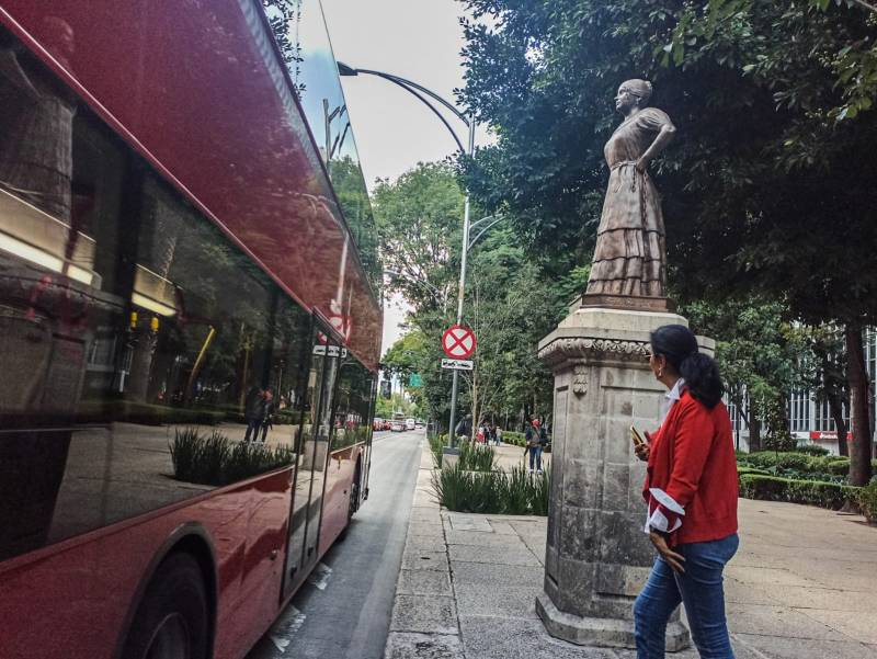 Monumento a Leona Vicario en el Paseo de las Heroínas