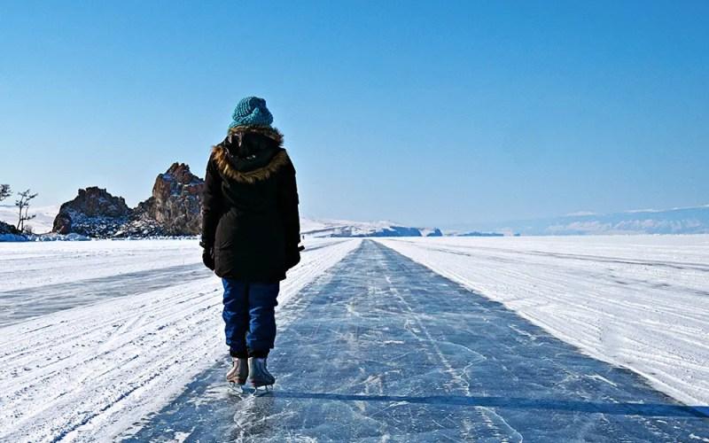 Lac Baïkal en hiver, une aventure givrée