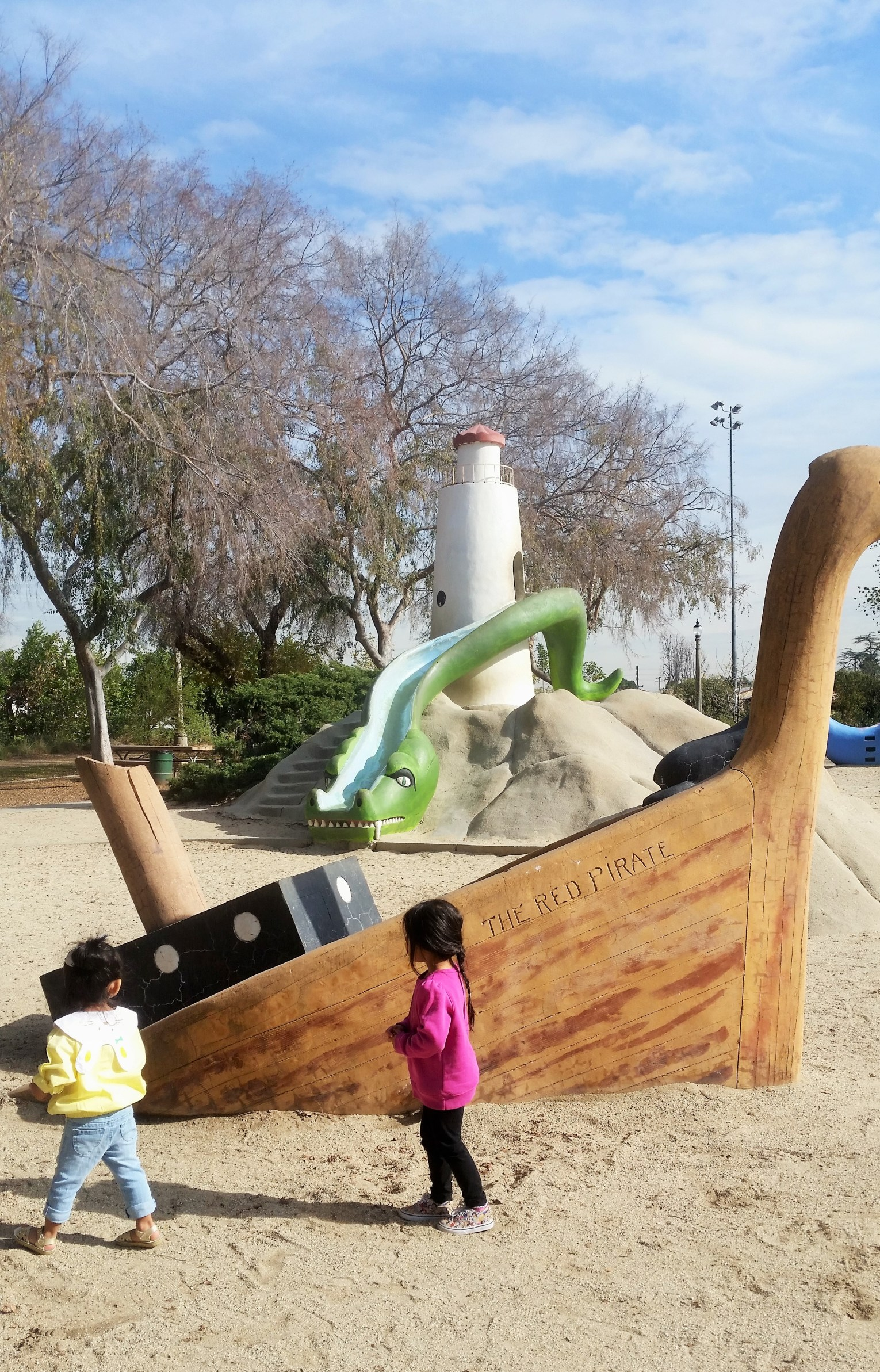 Pirate slide at Laguna San Gabriel playground in Los Angeles. Perfect spot to host a kids sea theme party.