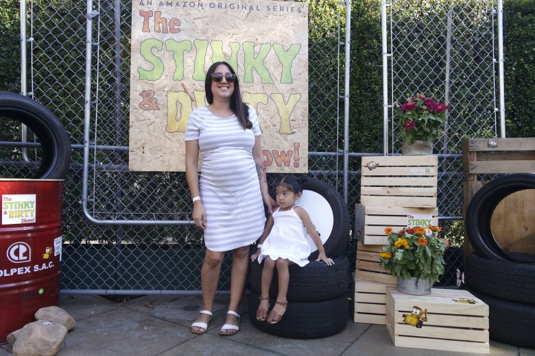 Amazon's Stinky and Dirty Show Party Decor Ideas