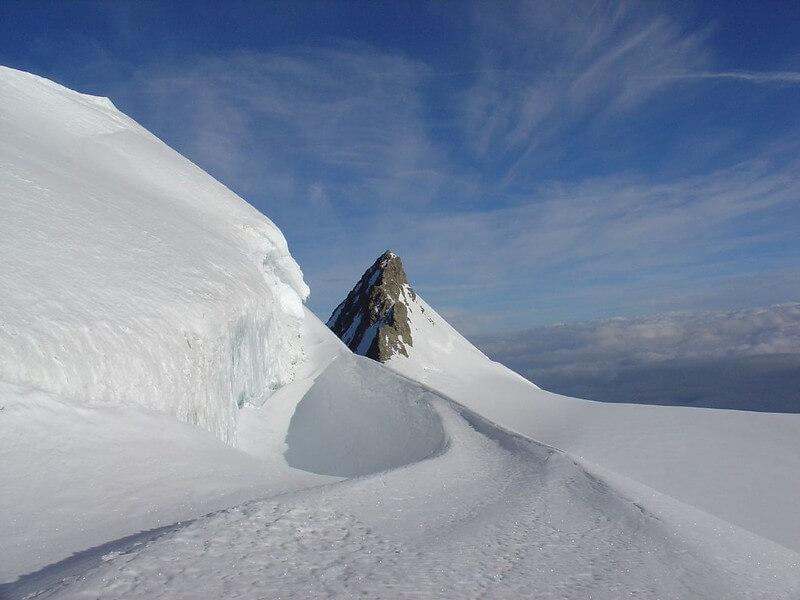 Le sommet du Gross Fiescherhorn, une photo de Johnny Hall