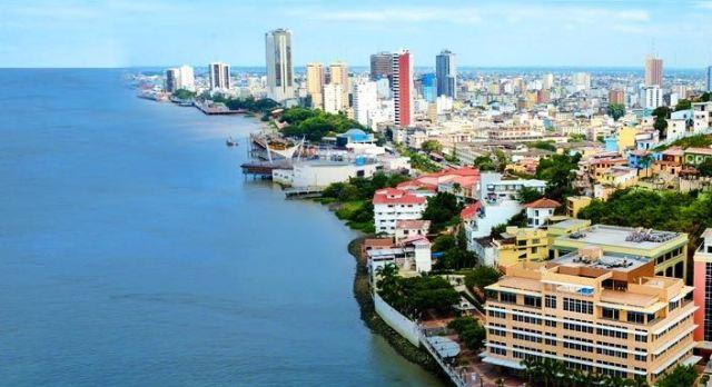 Multas y cárcel para quienes contaminen ríos en Guayaquil