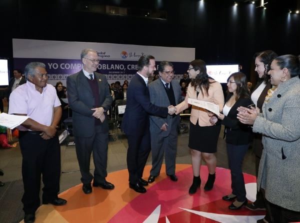 Nuevas empresas y empleos en Puebla a través de 'Yo compro Poblano'