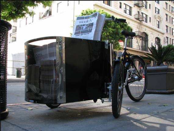 Did you know that the Blogdowntown Weekly is delivered throughout Downtown via bicycle?  Nihola cargo bikes available at Flying Pigeon LA