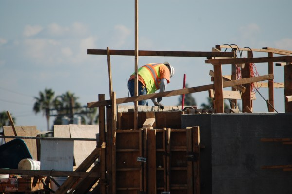 At Venice Blvd., crews are working to finish the work at the raised station to connect to the rest of the Phase II. The Venice crossing is a difficult one at street level, one that is much discussed by the Expo Bicycle Advisory Committee. While the work in the air looks pretty daunting, both Villavaso and workers claim they know what needs to be done to finnish the job.