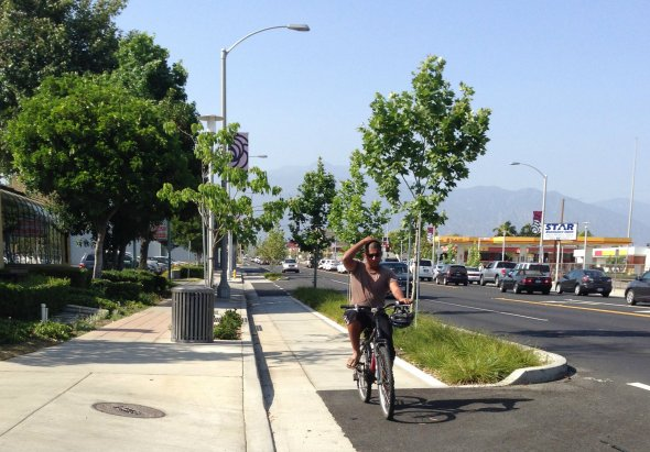 Cyclist southbound on Temple City's Rosemead Boulevard Project. all photos: Joe Linton/Streetsblog L.A.