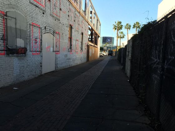 A typical South Park alley under existing conditions. Photo: Jocelyn Martinez