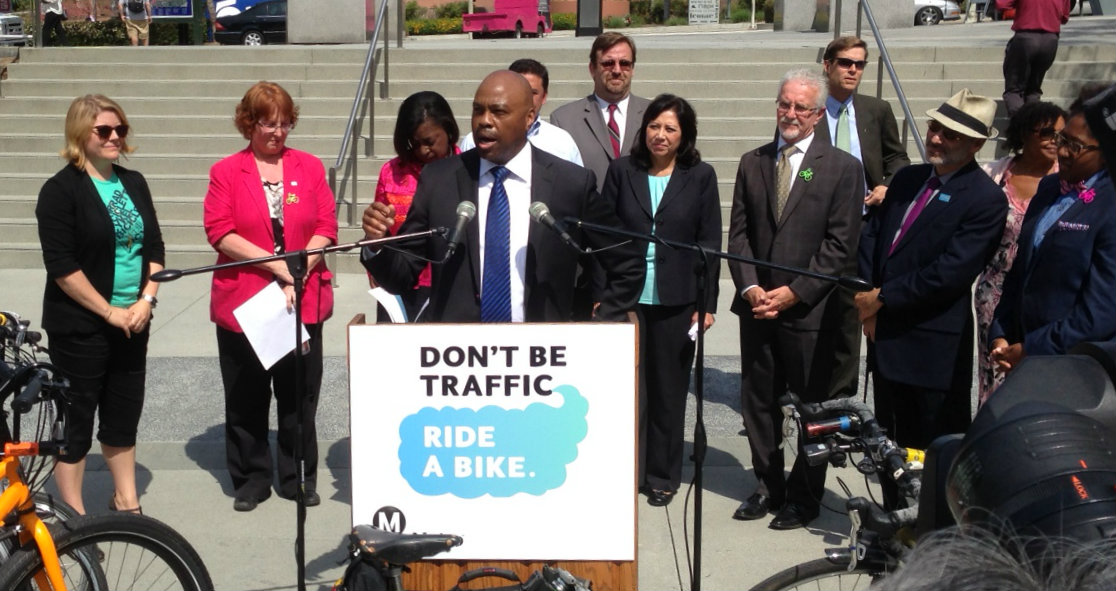 New Metro CEO Phil Washington addresses this morning's Bike Week L.A. press conference. Photo: Joe Linton/Streetsblog L.A.