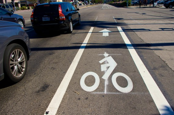New bike infrastructure appears on Vineland in the Valley. Sahra Sulaiman/Streetsblog L.A.