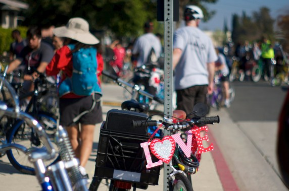 Decoration on the bike of a ride participant. Sahra Sulaiman/Streetsblog L.A.
