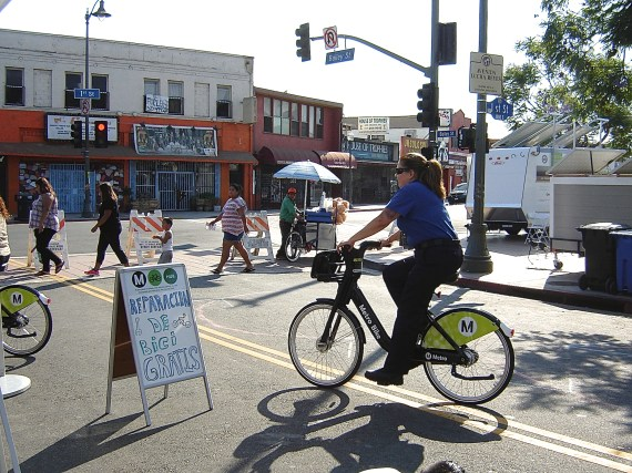 Metro bike-share might be showing up at Mariachi Plaza in the not-so-distant future. Sahra Sulaiman/Streetsblog L.A.