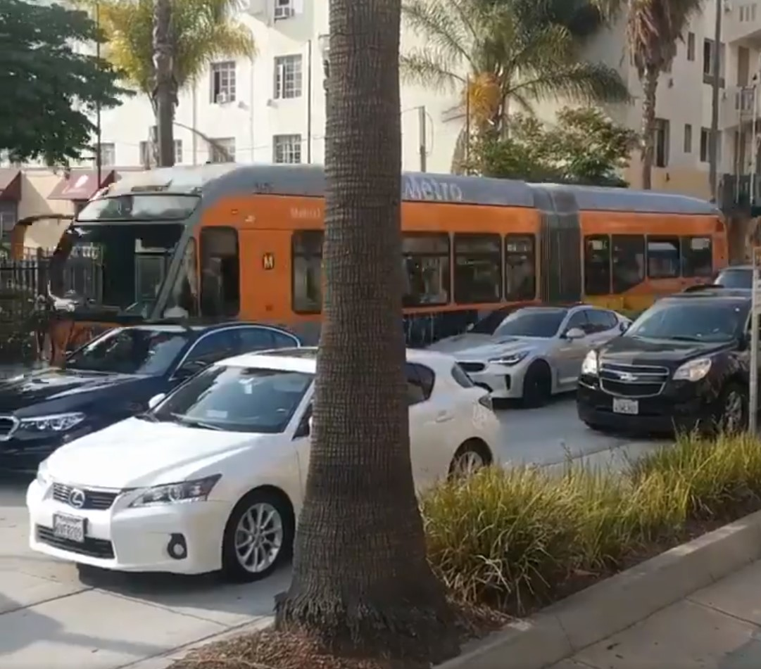 Metro Operations: Enforcement is Key to Bus-Only Lane