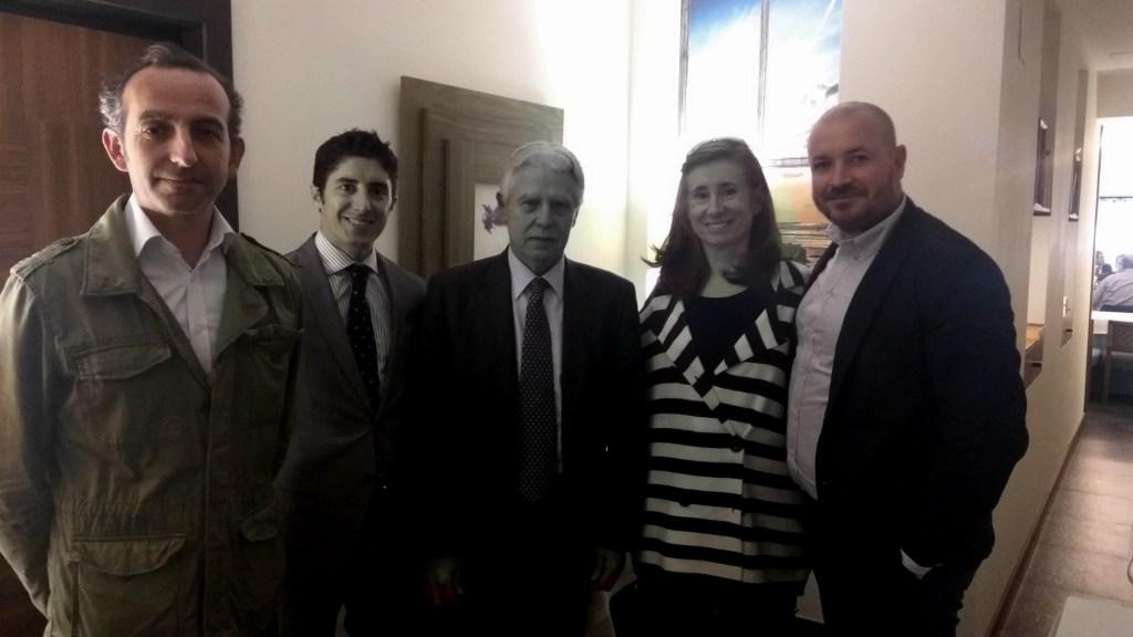 Encuentro con Francisco Menacho, portavoz adjunto del PSOE en el Senado