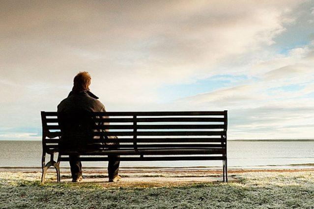 La soledad se asocia con la demencia.