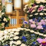 小規模化、簡素化が進むお葬式。人々が求めている本当の声とは何でしょうか。