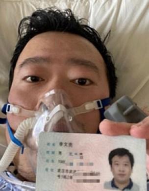 Li Wenliang, il medico cinese che per primo aveva cercato di dare l'allarme sulla presenza di un nuovo ceppo di coronavirus - Storia del coronavirus