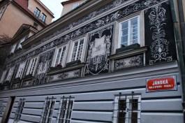 """Une célèbre maison avec """"sgraffit"""" dans Mala Strana"""