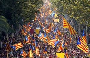 Imagen de la Diada. Los datos dicen que la convocatoria reunió a cerca de un millón y medio de votantes a favor de la independencia del Estado español.