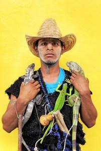 Chamula, personaje de la danza de Corpus Christi, un ritual para alejar las malas energías y llamar a las lluvias para la fertilidad de la tierra. Suchiapa, Chiapas. Foto: Jesús Hernández.