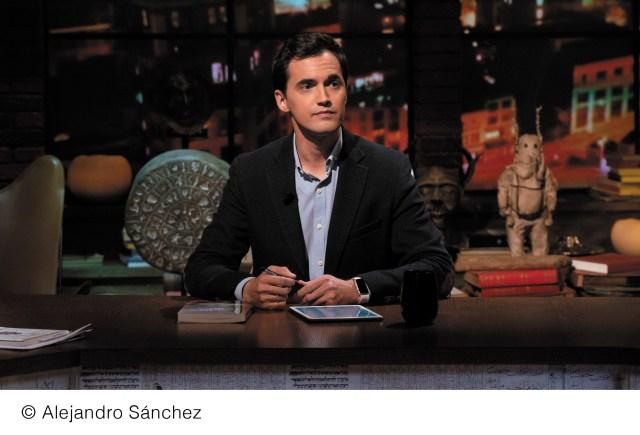 Javier Pérez Campos, autor del libro, Los Intrusos. Fotografía cortesía de Alejandro Sánchez