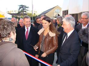 Aurelie Filippetti inaugure. © Préfecture du Gers (photographie non créditée)