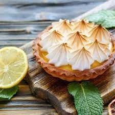 Mina tarta de limon con merengue suizo