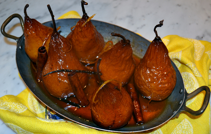 Trattoria Pears ready to server | labellasorella.com