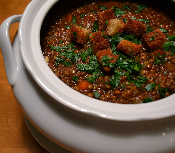 Lentil Soup | labellasorella.com