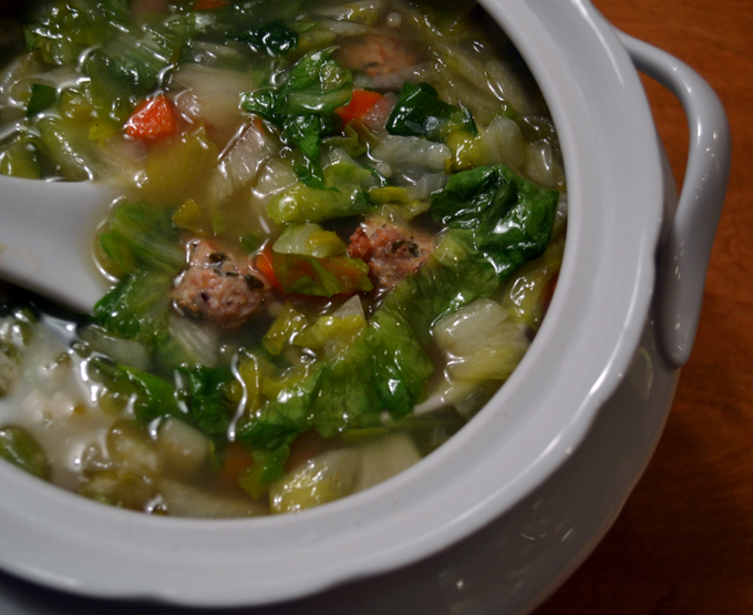 Soup with tiny meatballs (polpettine) | labellasorella.com