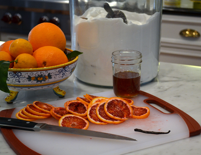 Blood Orange Vanilla Bean Simple Syrup | labellasorella.com