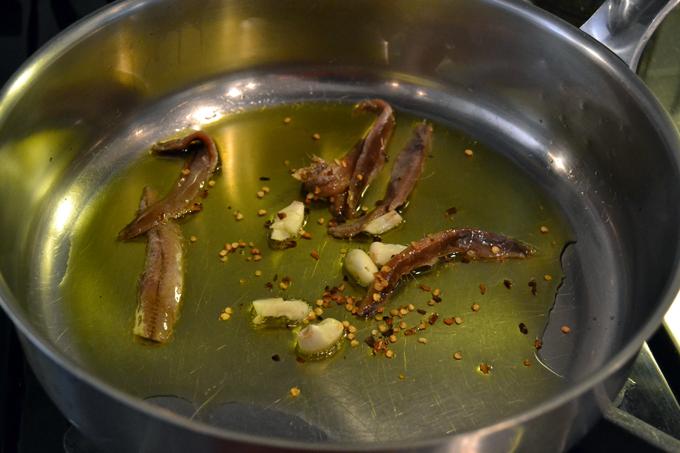 Puttanesca sauce base | labellasorella.com