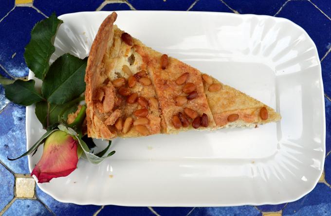 Ricotta cheesecake slice | labellasorella.com