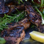 "Agnello a Scotta Dito –  Grilled Lamb Chops ""Burn Your Fingers Style"""