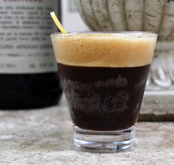 Caffe Shakerato Corretto, delightful | labellasorella.com