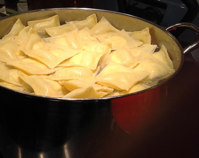 And the pasta is almost ready | labellasorella.com